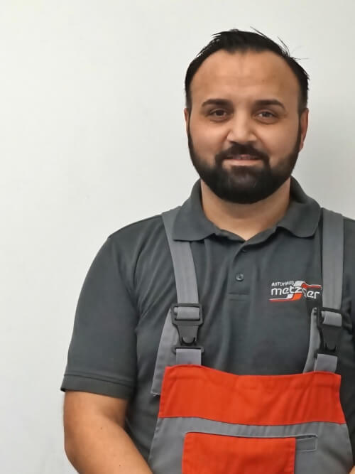 Naser Jahic Aufbereiter im Toyota Autohaus Metzger