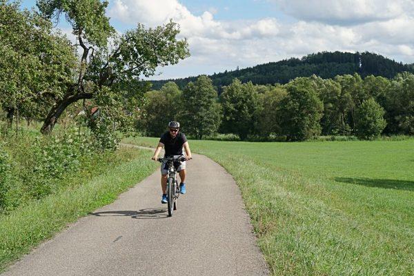 Radfahren auf dem Kocher-Jagst-Radweg